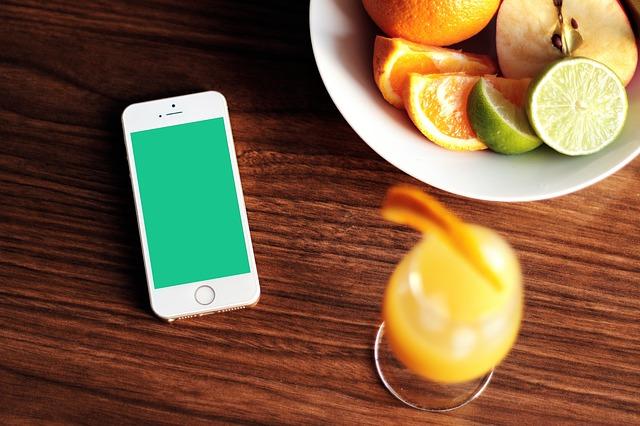 iphone-569065_640