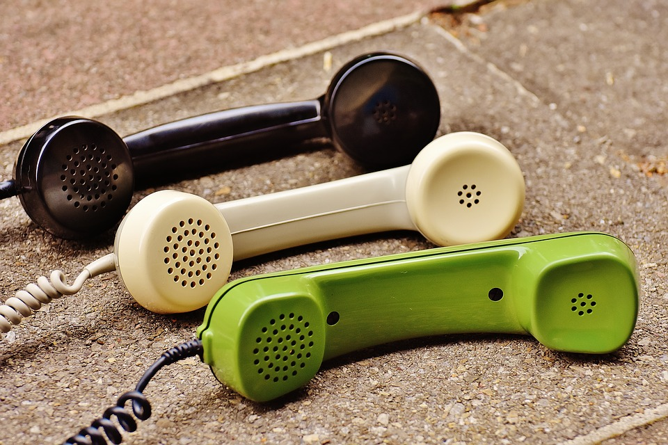 telephone-handset-1678306_960_720
