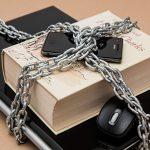 iPhone脱獄の意味とは?メリット&デメリットを解説!